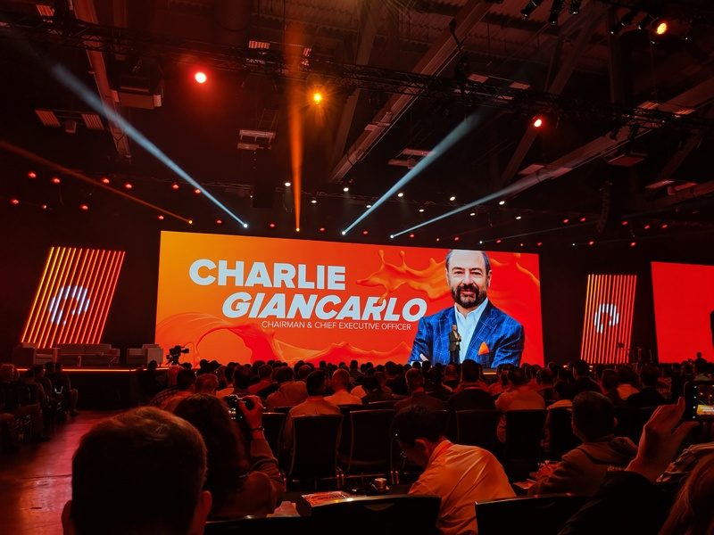 Pure Storage CEO Charlie Giancarlo opens the Pure Accelerate 2019 conference keynote.